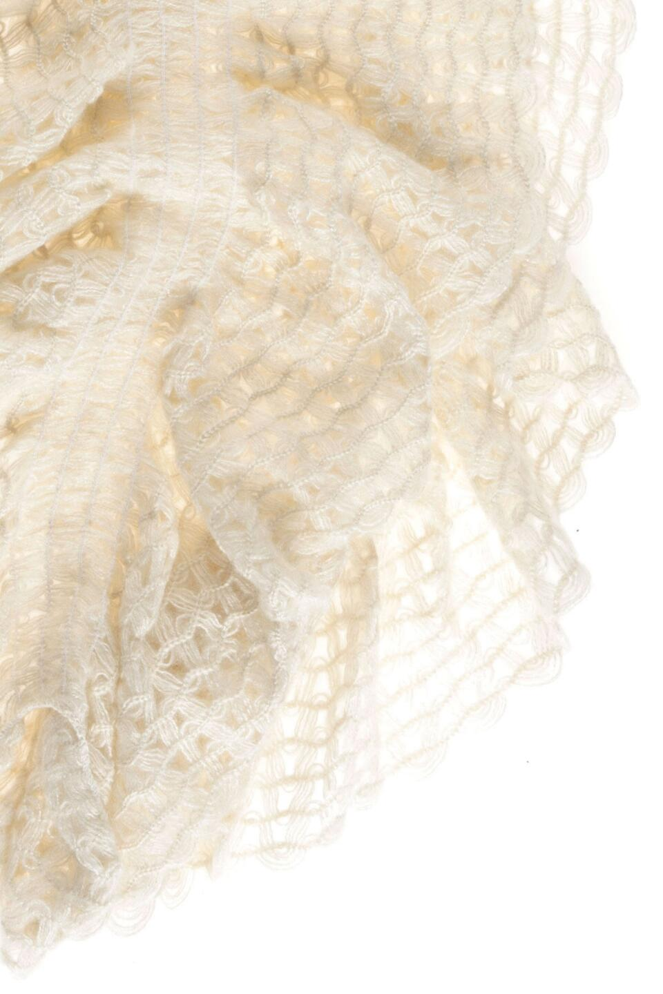 Dauphin Ruffle Scarf in Ivory-  ivry-cldetail