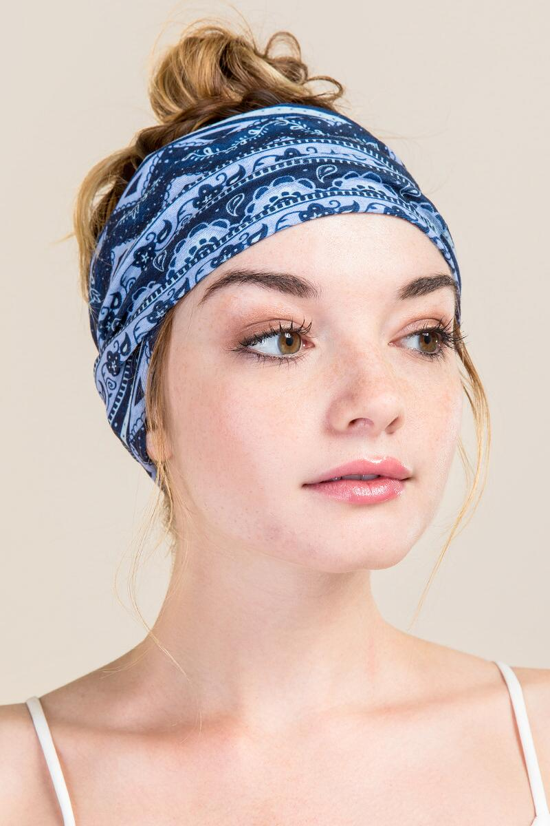 Boho Bandeau in Denim Stripe-  navy-clmodel