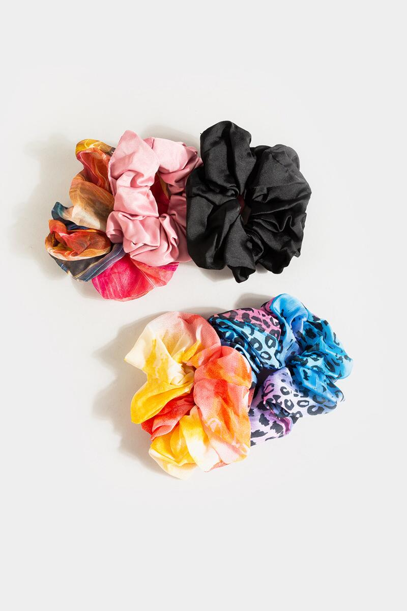 Emma Multicolored Scrunchies- Pink