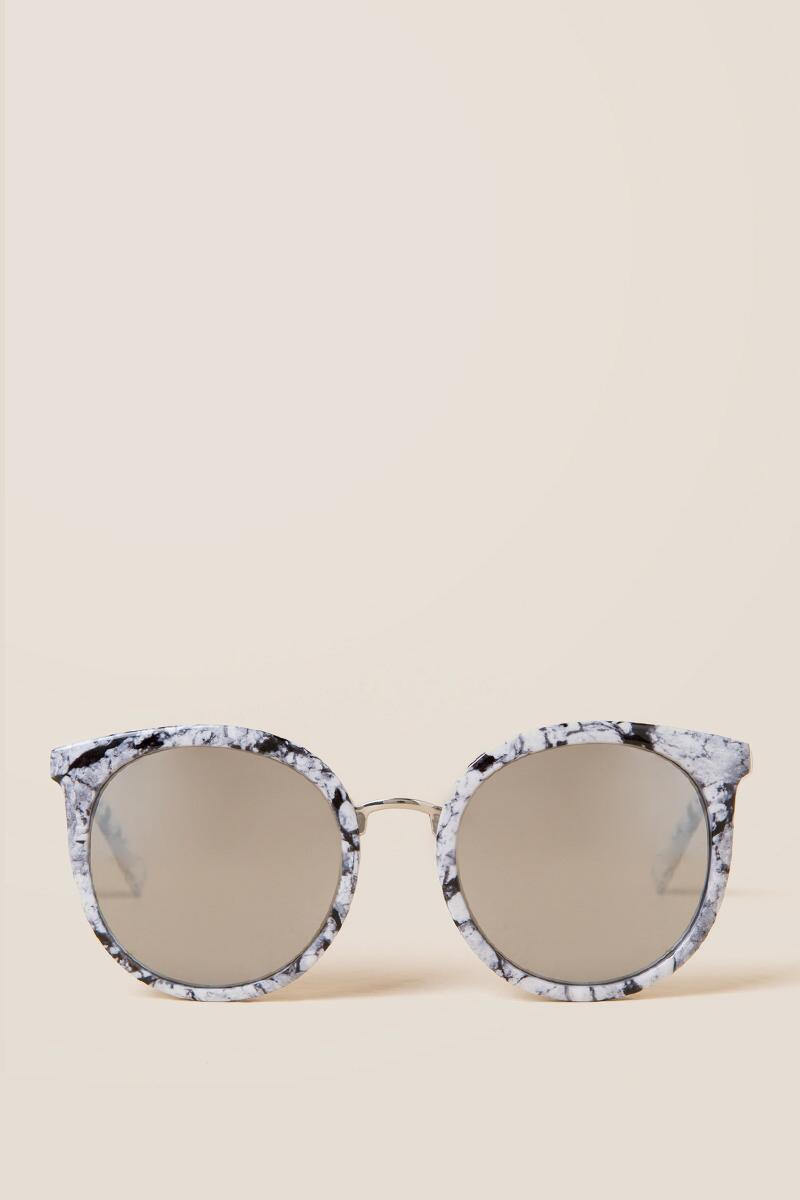 Geri Marble Round Sunglasses- Black/White front