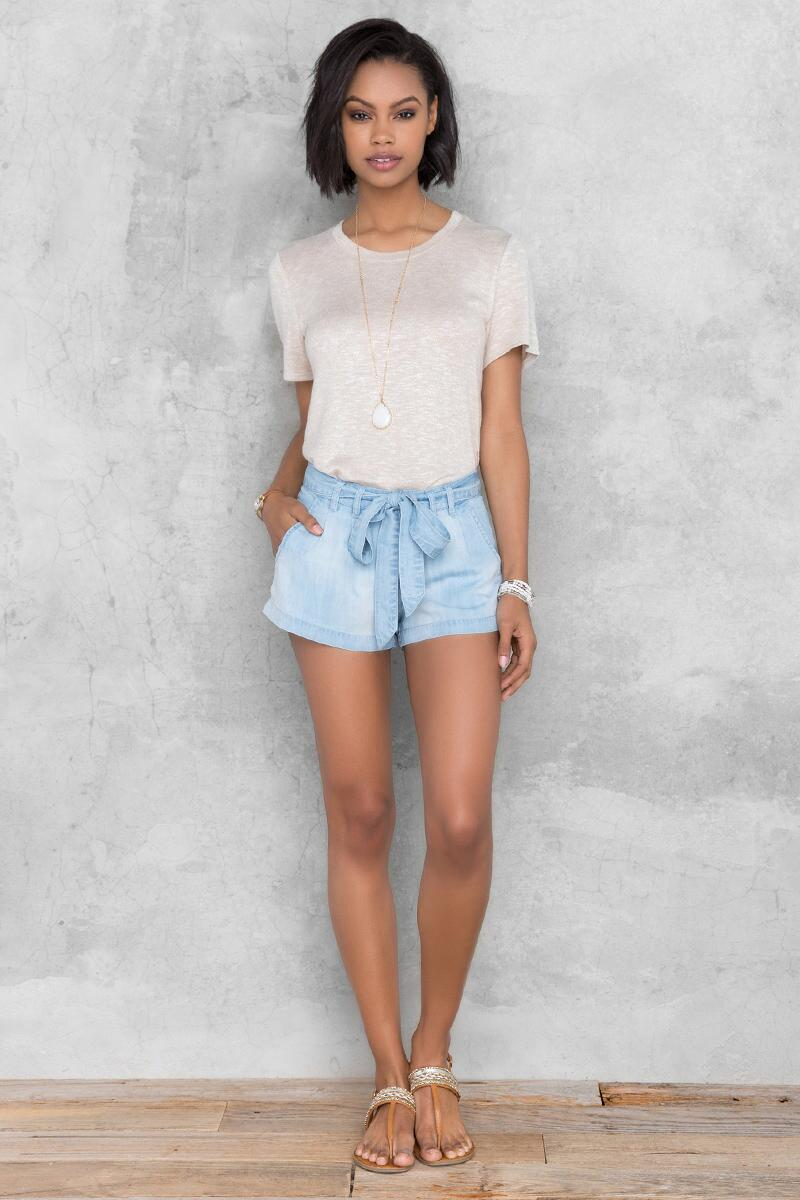 Caprice Chambray Short-  cham-clmodel