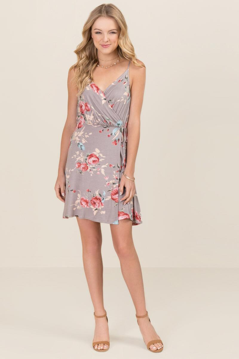 Phoebe Floral Wrap Dresses-  gray-clmodel