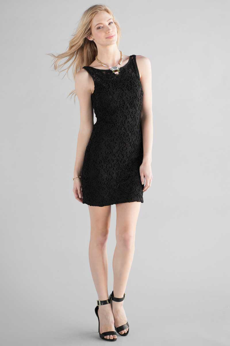 Rosyth Lace Dress-  blk-clmodel