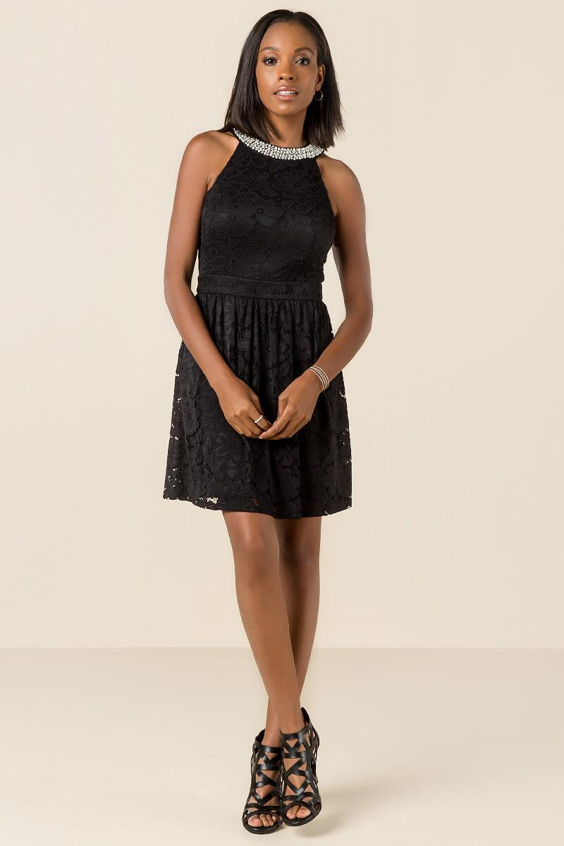 Bianca Embellished Lace Dress-  blk-clmodel