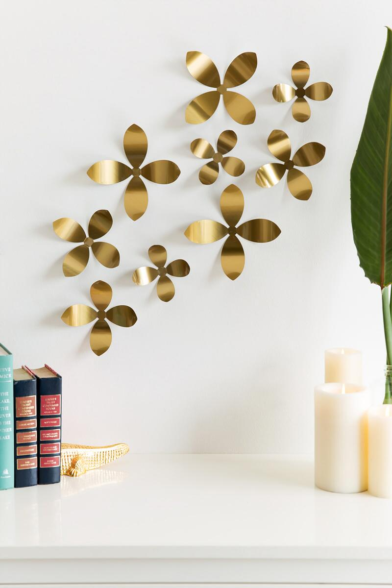 Gold Metal Wall Flowers