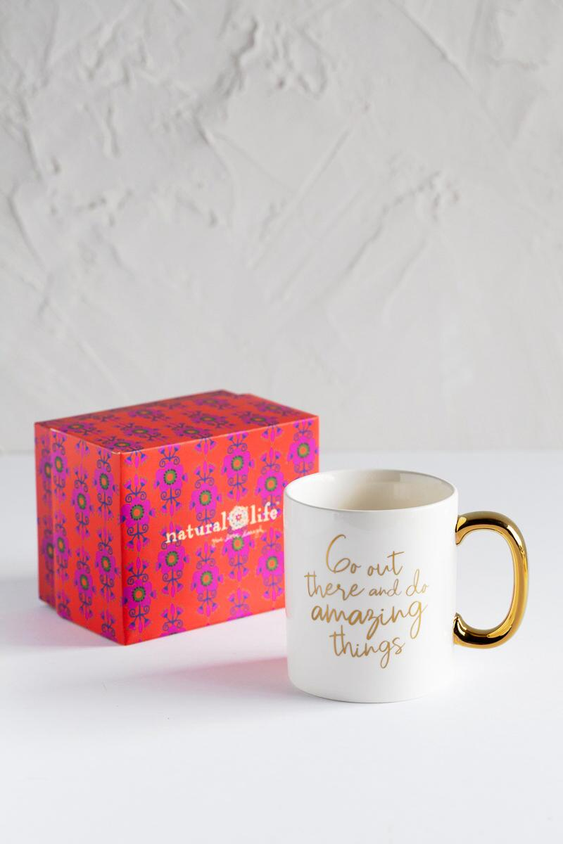 Do Amazing Things Mug-  gift-cl2