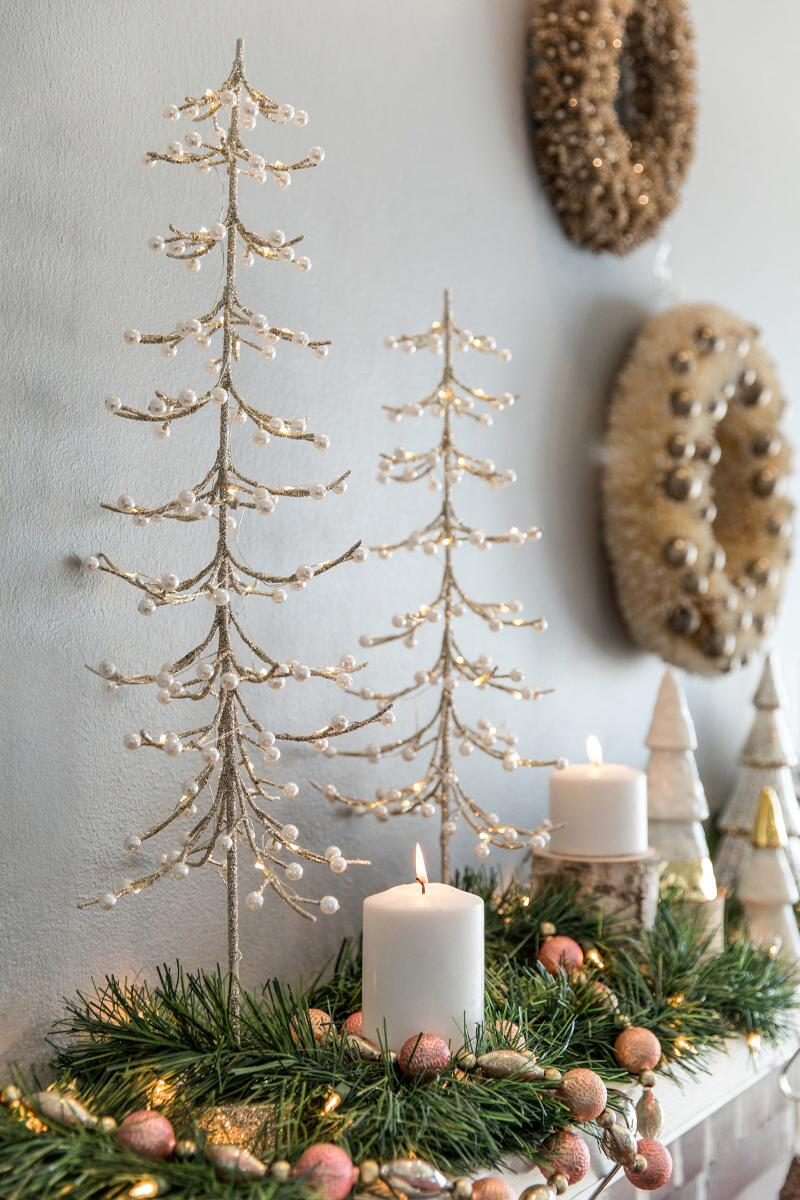 Silver Light Up Tree 25