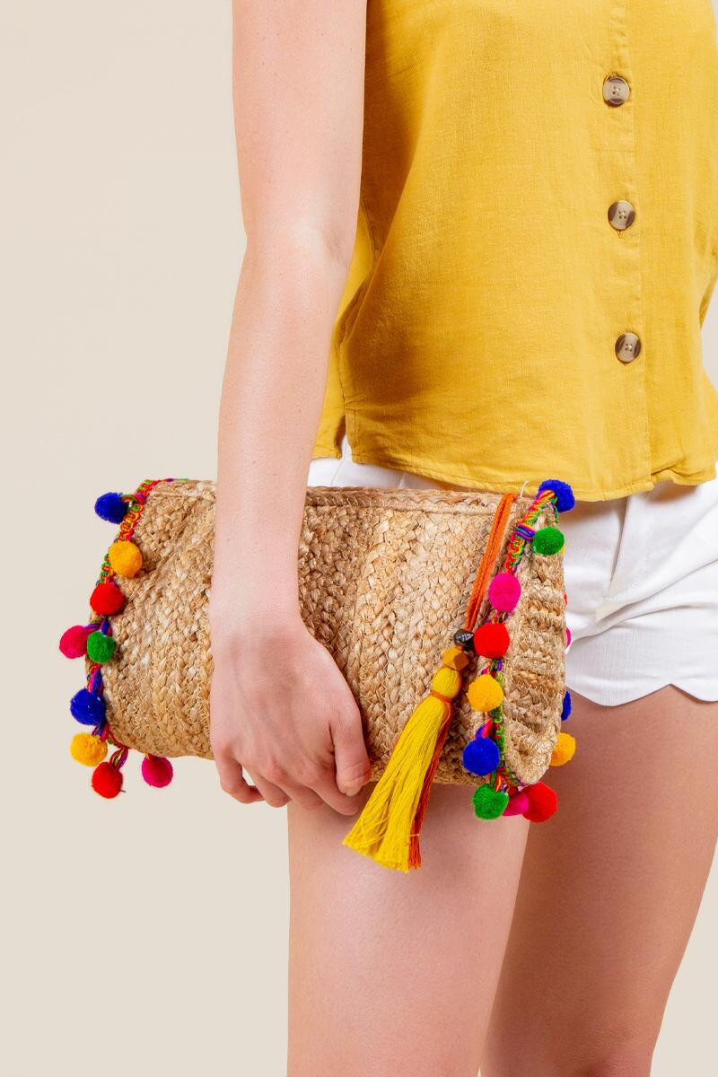 Eden Pom Clutch-  nat-cl4
