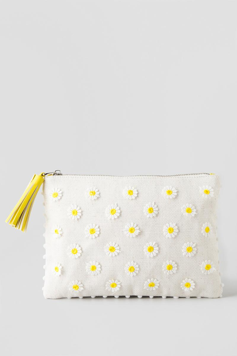 Shasta Flower Clutch-  nat-clfront