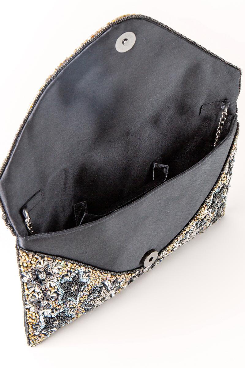 Mona Star Beaded Clutch-  blk-cl3