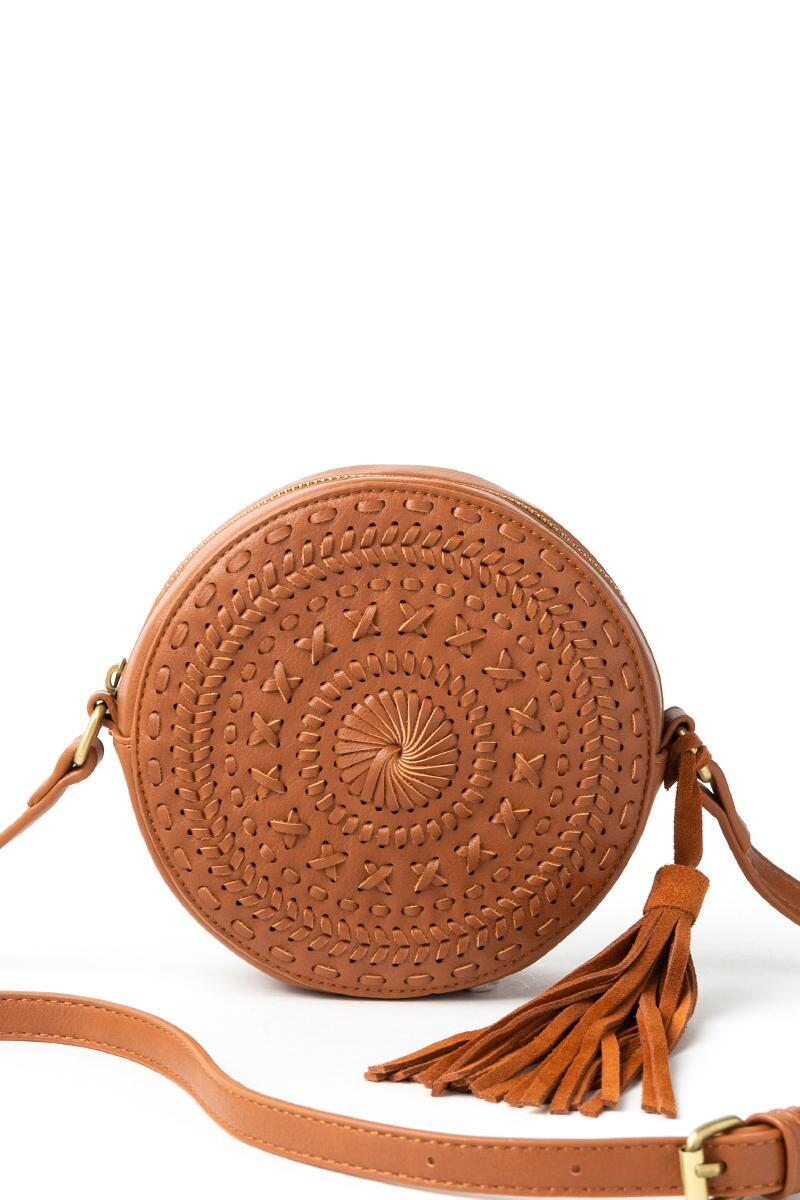 Cassandra Round Whipstitich Crossbody in Brown-  brwn-cl