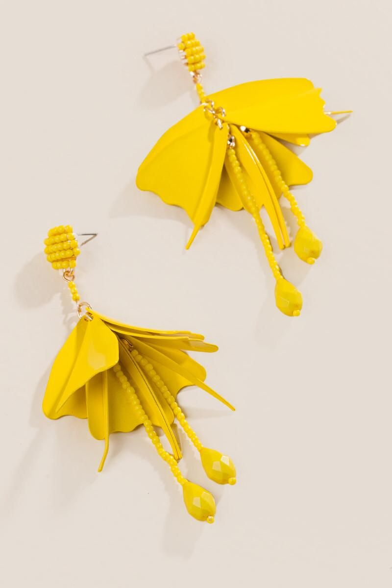 Soledad Deconstructed Flowers in Yellow-  yllw-clalternate