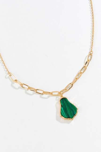 Tane Moroccan Pendant Necklace in Green
