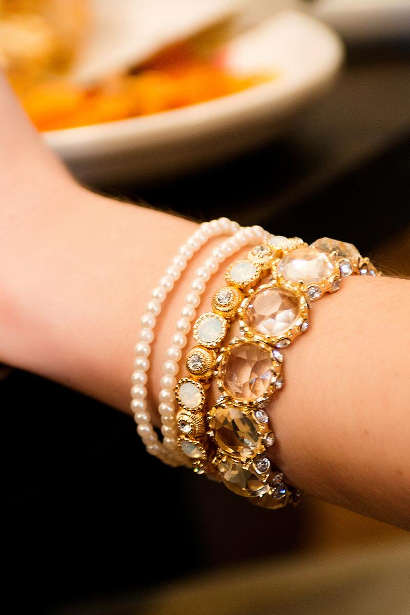 Jenny Jeweled Stretch Bracelet in Clear