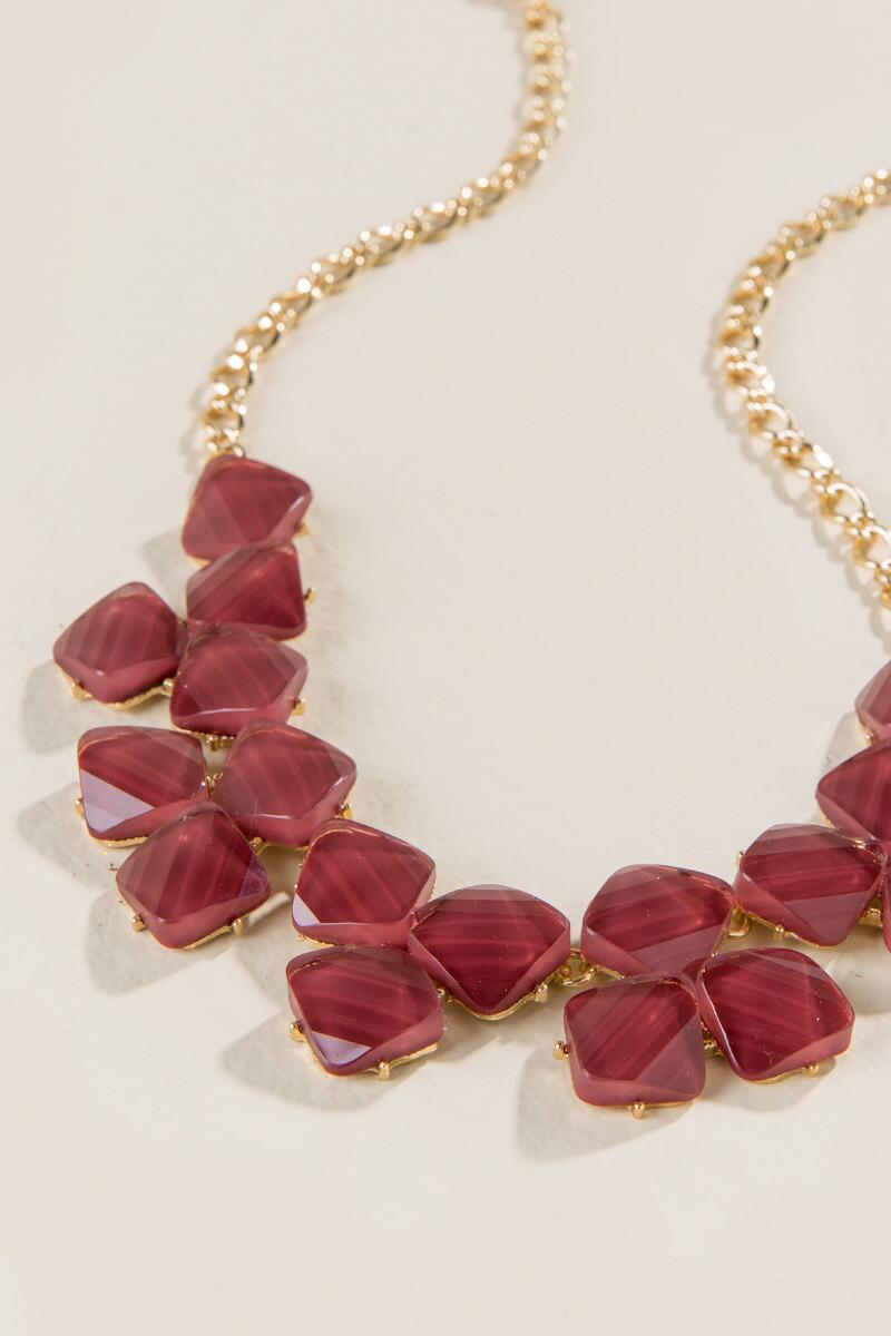 Dayson Textured Statement Necklace in Burgundy-  burg-clalternate