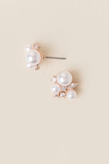 Kassia Pearl Stud Earrings
