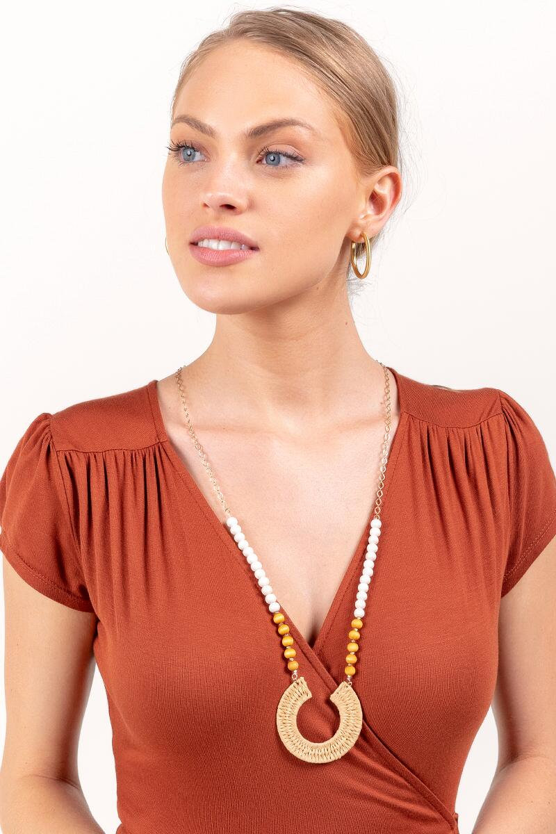 Aria Rattan Beaded Pendant Necklace- Natural 3