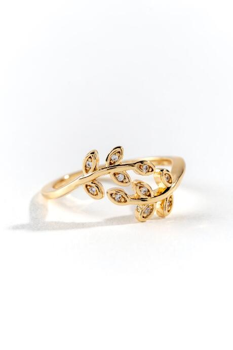 Adeline Leaf Crossover Ring - Gold