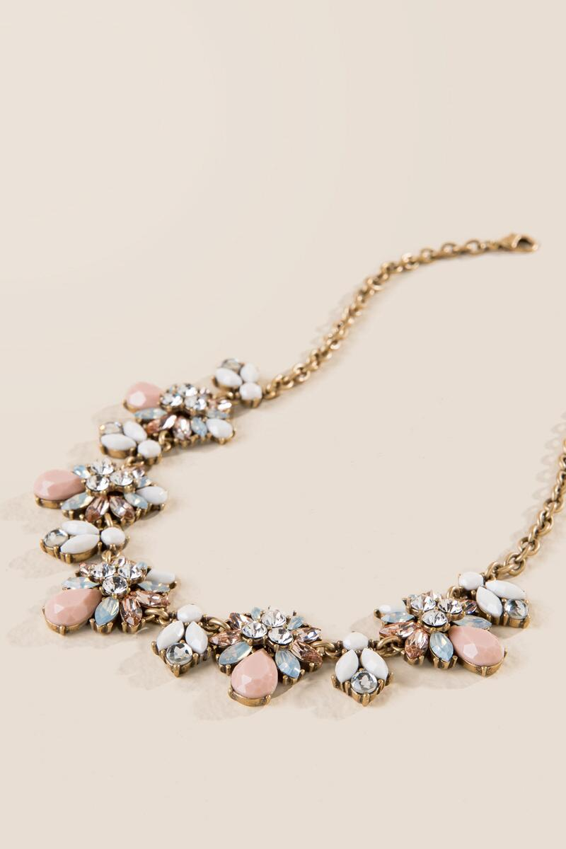 Claudia Statement Necklace-  blush-clalternate