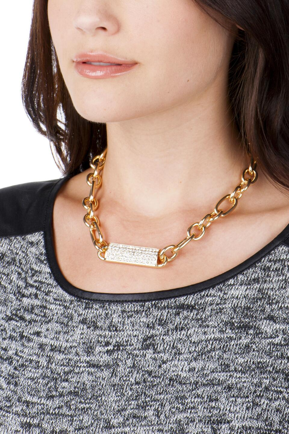 Midtown Chain Necklace-  cry-clmodel