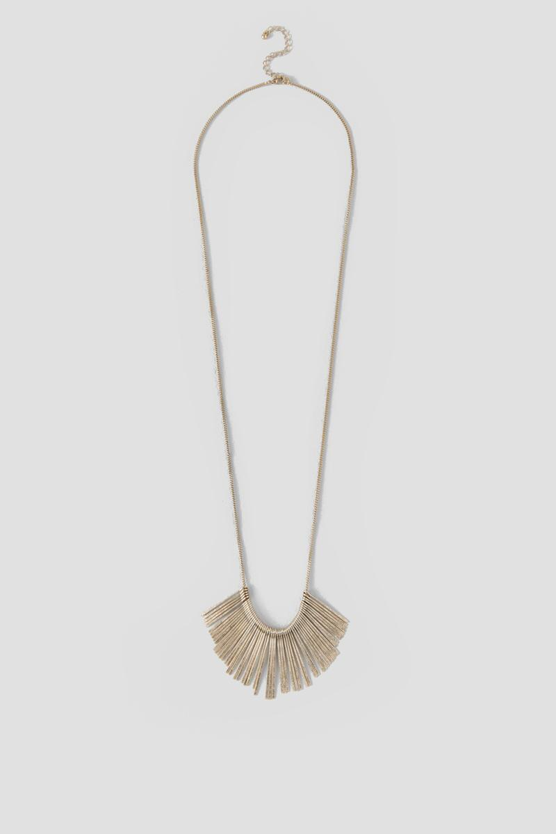 Kendra Metal Fringe Pendant Necklace in Gold-  gold-cl