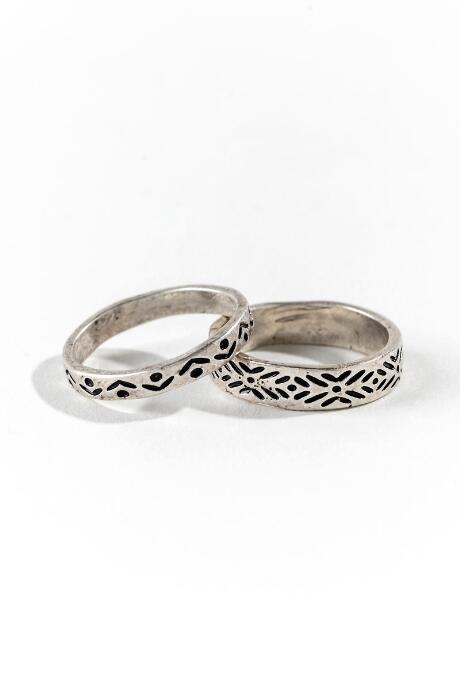 Lynette Engraved Rings
