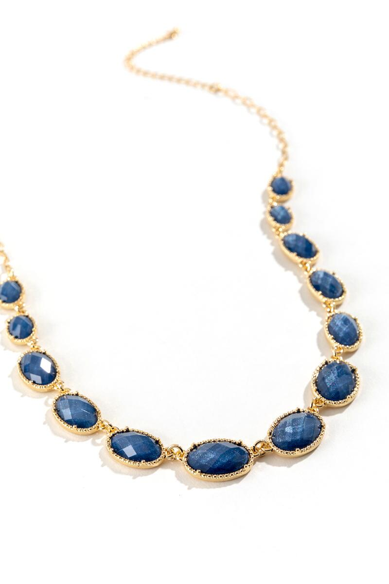 Courtney Oval Statement Necklace in Navy- Navy 2