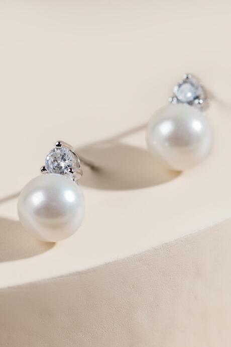 Ashlyn Pearl Stud Earrings
