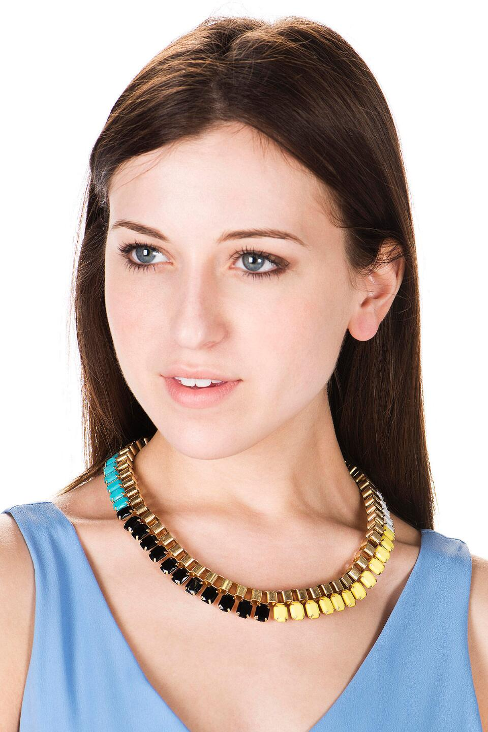 The Strip Colorblock Necklace-  multi-clmodel