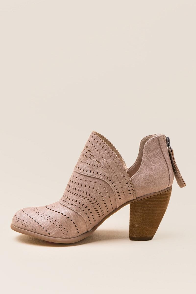 Not Rated Cinati Ankle Boot-  cream-clleft