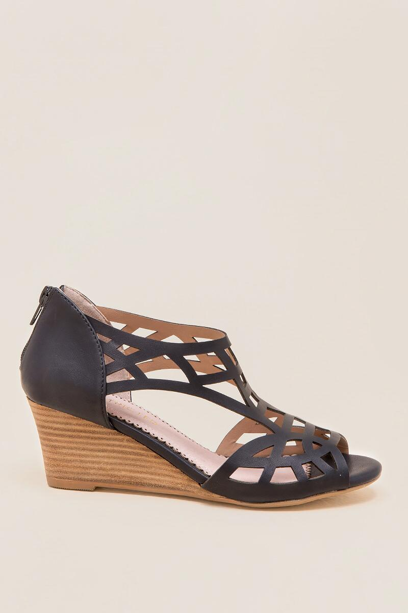 Restricted - Dealer Cutout Demi Wedge-  blk-clright
