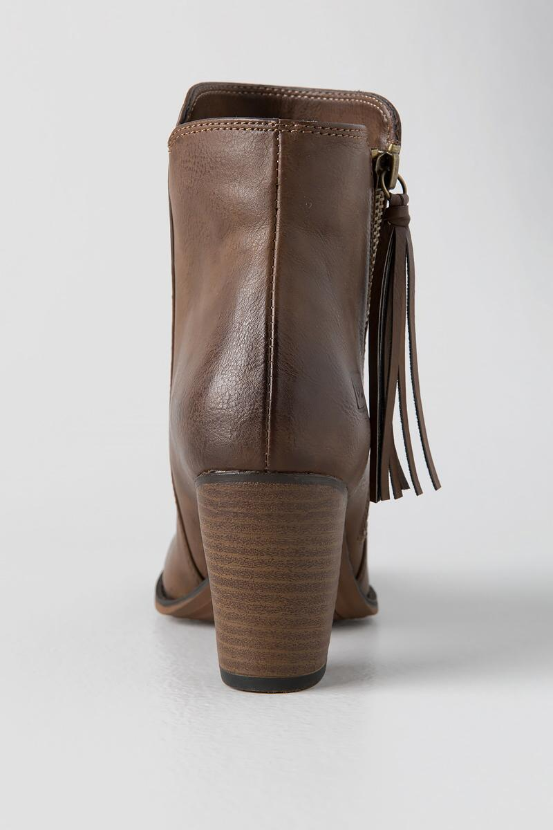 Dirty Laundry, Dorsey Tassel Zip Bootie-  taup-clback