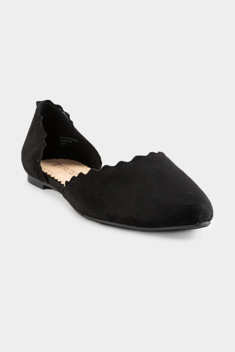 Restricted Scallop Edge Flats-  blk-cl