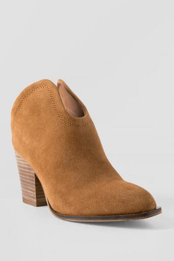 Chinese Laundry, Kelso Slip On Ankle Bootie