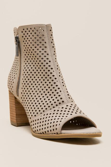 Axle Perforated Shootie...