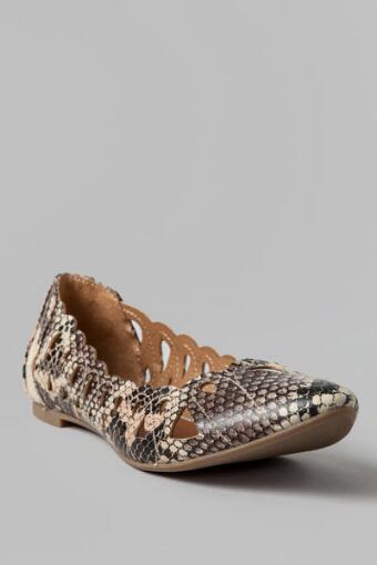 MIA Shoes, Nomad Cutout Flat in Snakeskin