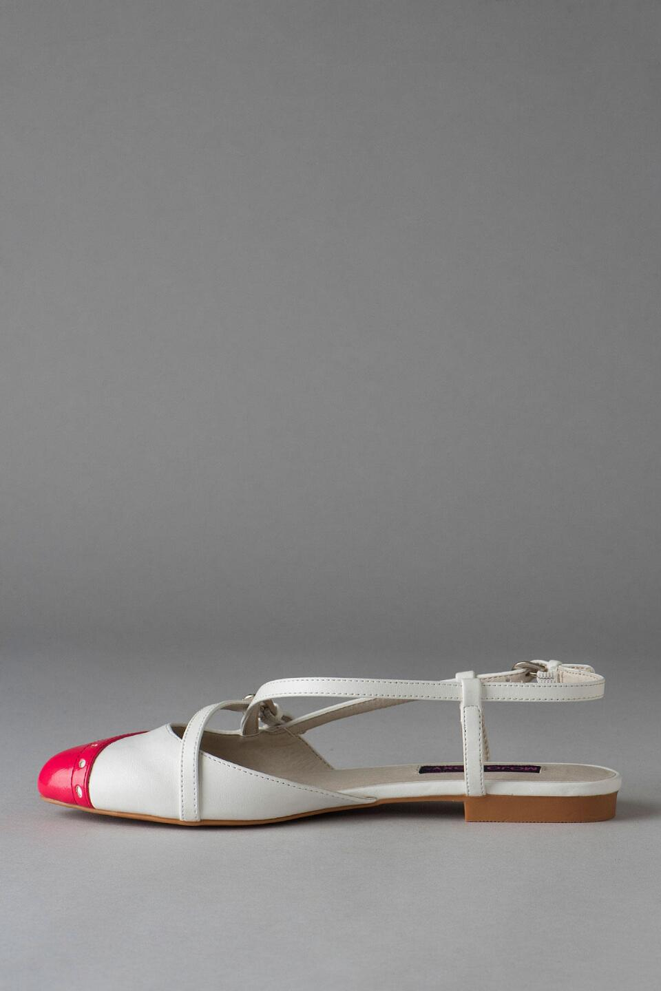 Dolce by Mojo Moxy Shoes, Parquet Two-Tone Flat-  white-clleft