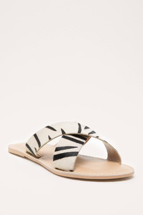 828b81a35a645 Stylish Sandals for Women | francesca's