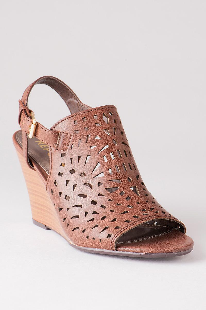 Sansa Perforated Wedge