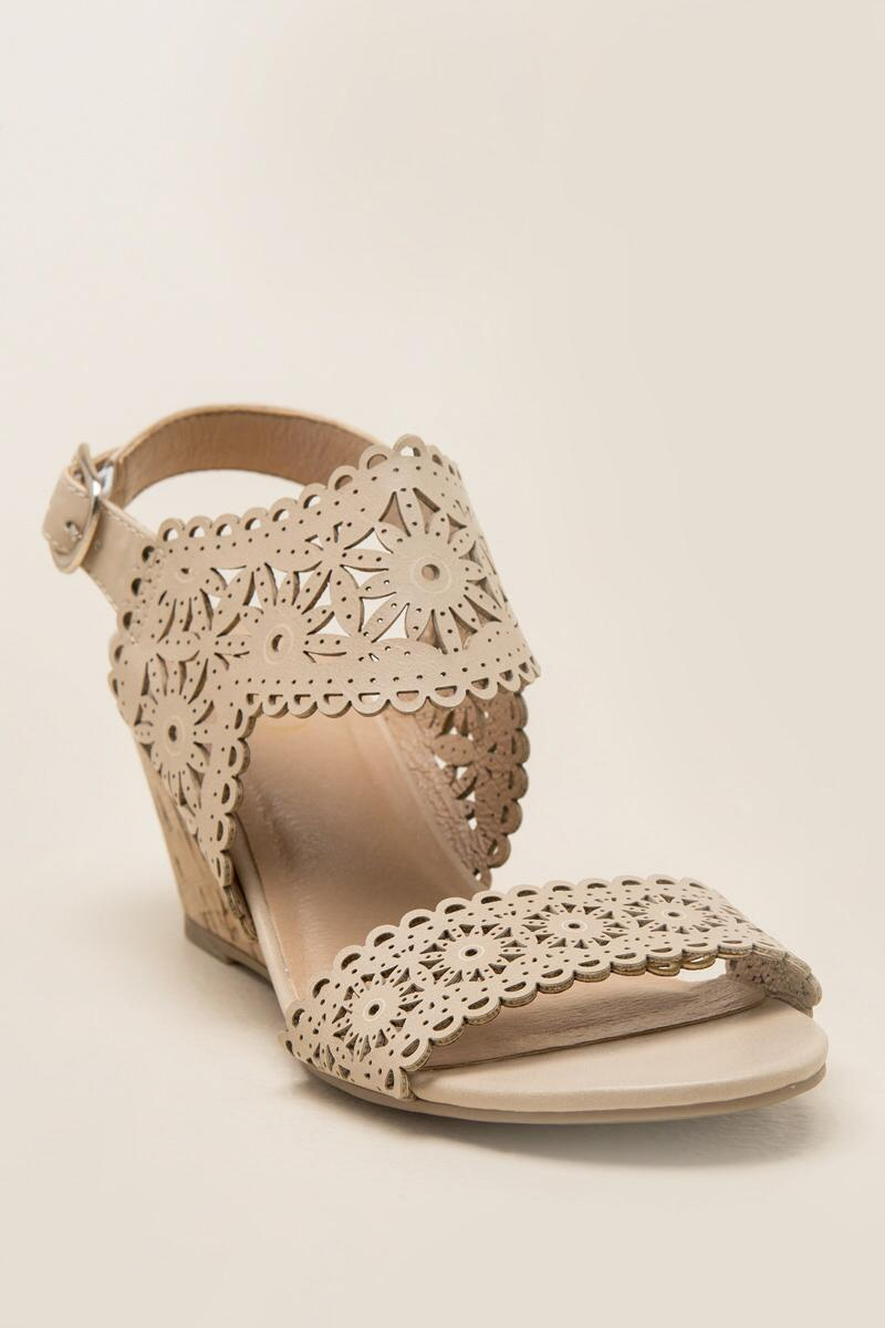 XOXO, Shamira Cutout Demi Wedge