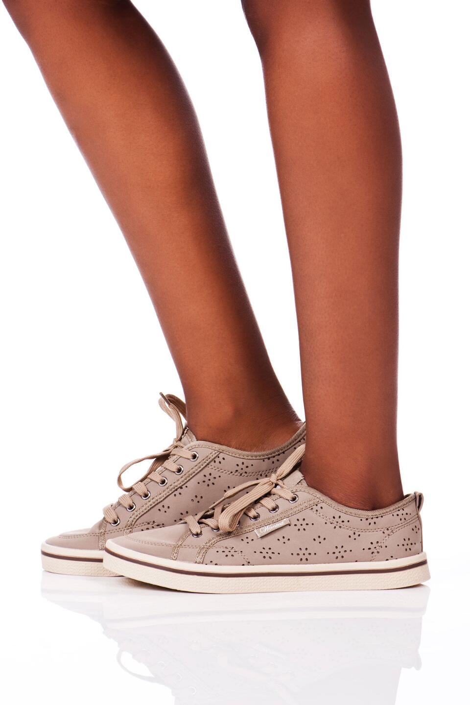 Slope Lace Up Sneaker in Taupe-  nat-clmodel