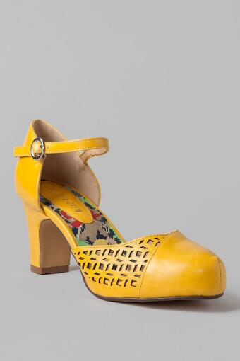 Chelsea Crew Shoes, Turk Cutout Pump in Yellow