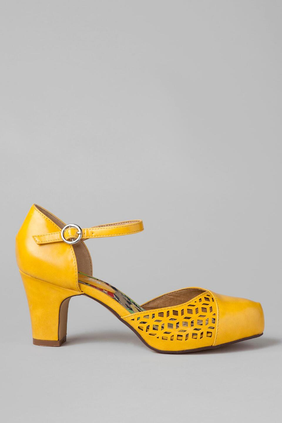 Chelsea Crew Shoes, Turk Cutout Pump in Yellow-  yllw-clright
