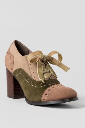Tustin Oxford Pump in Taupe