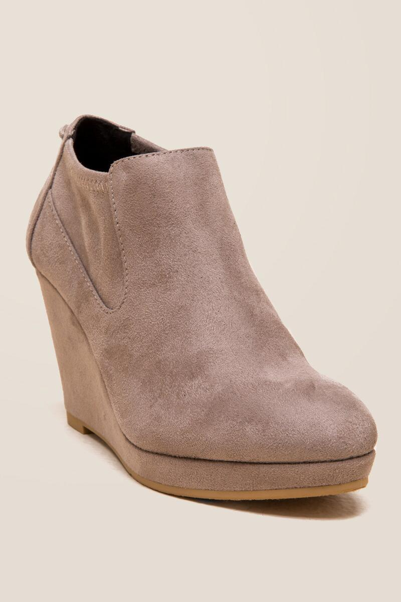 CL by Laundry Varina Wedge Ankle Boot