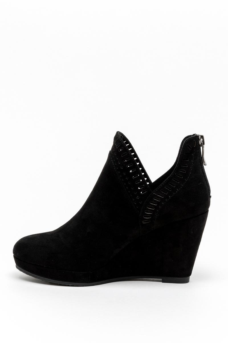 CL by Laundry Vicci Wedge Ankle Boot-Black 4