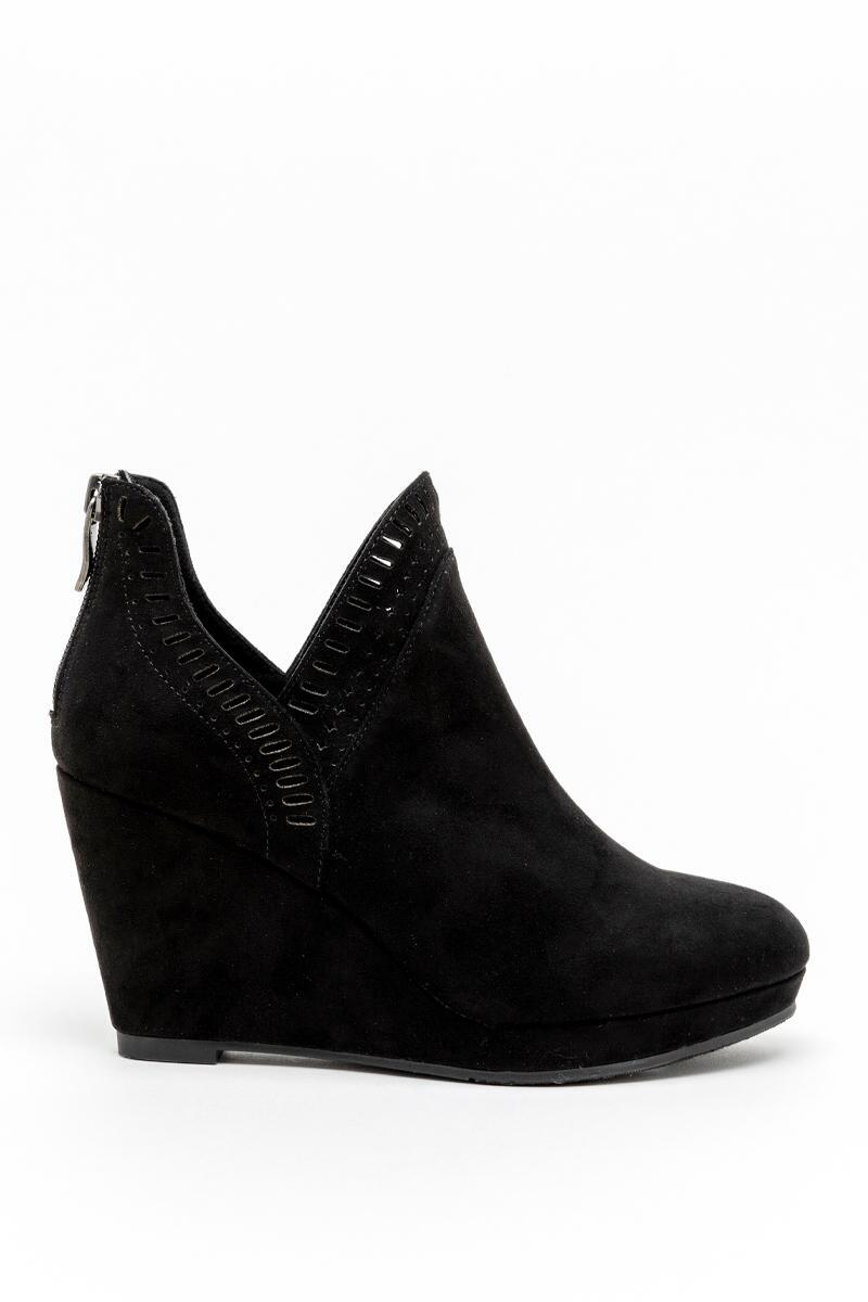 CL by Laundry Vicci Wedge Ankle Boot-Black 5