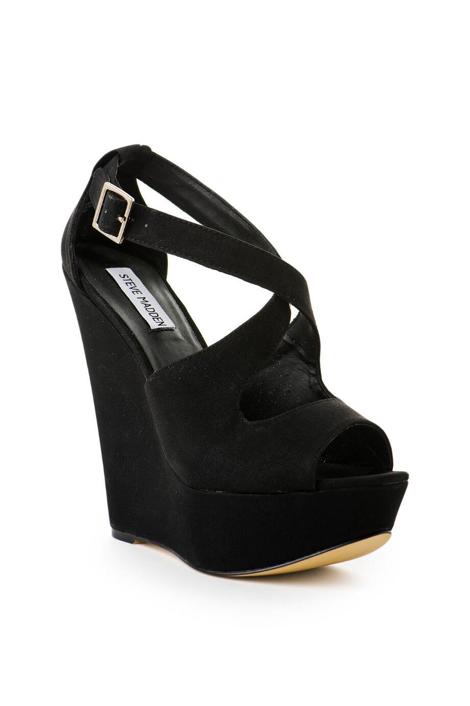 Steve Madden Xternal Wedge in Black