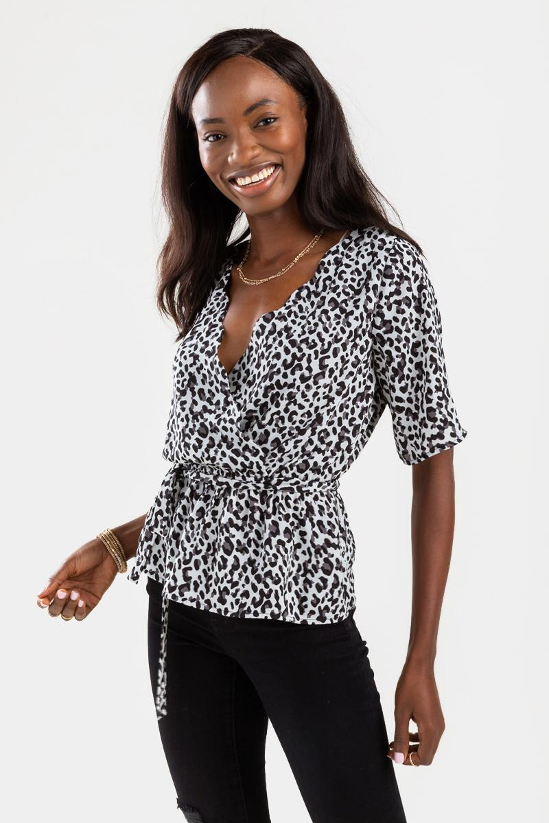 Sandie Printed Scalloped Blouse-Black/White